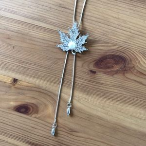 Silver Maple Leaf Crystal Bolo Tie Necklace